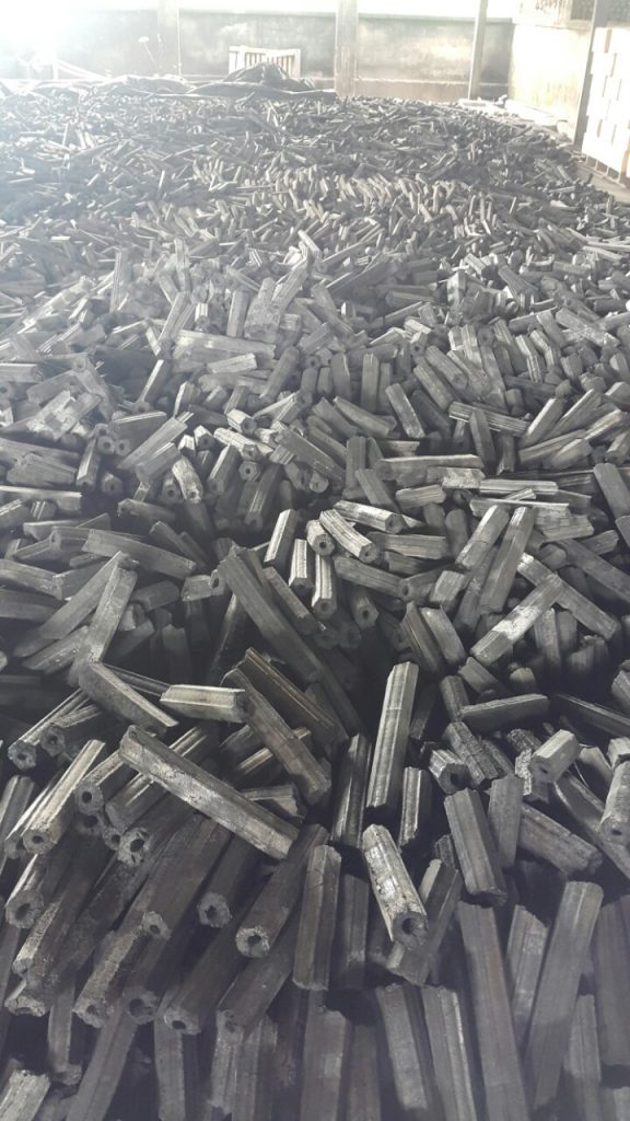 sản xuất than mùn cưa như thế nào